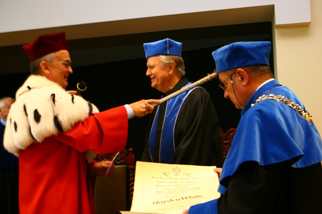 Nadanie Doctor Honoris Causa, prof. HAYDEN WHITE