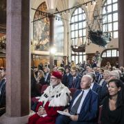 Uroczystość nadania doktora honoris causa dr. Thomasowi Bachowi w Dworze Artusa