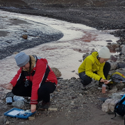Pobieranie próbek z rzeki Bayelwa